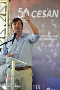 Pablo Andreão discursa em evento em Ponta da Fruta
