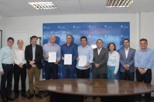 Os prefeitos se reuniram com a diretoria da Cesan e também com o secretário da Sedurb e o diretor-geral da Arsp.